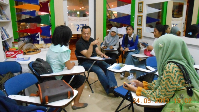 Presentasi dan Interview: Woosong University, Korea